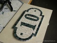 Numere de casa din mozaic